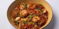 28 - Лапша по-сингапурски с креветками и цыпленком