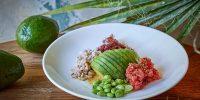 avocado-queen_tunec-avocado-morskiye-vodorosli-edamame-korichneviy-ris.jpg
