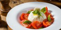 focacceria-domashnjaja-buratta-s-pomidorami.jpg
