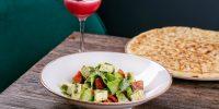 Зеленый салат с песто и чеченским сыром_590р.